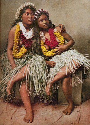 5db9de043624 Native Hawaiians   One world II   Hawaiian art, Vintage hawaii, Hawaiian