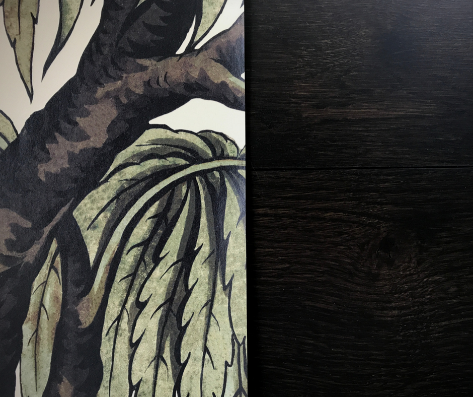 We are in love with this Babylon wallpaper from