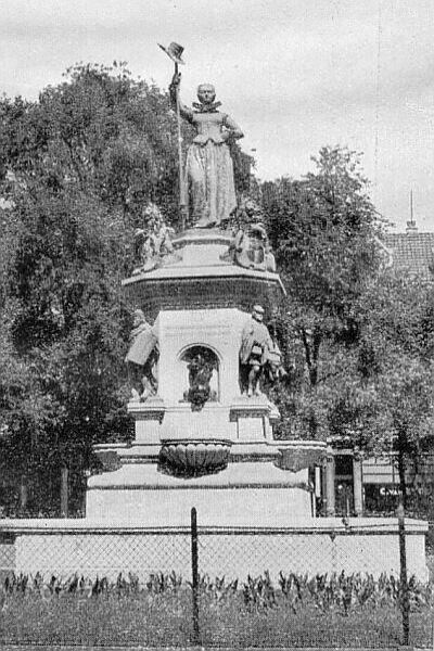 De Maagd van Holland  Monument 1872, officieel Vrijheidsbeeld, ook wel Kaat Mossel.