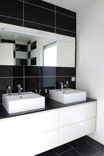 Décoration salle de bains  vive le noir et blanc en 12 photos - pose carrelage mural salle de bain