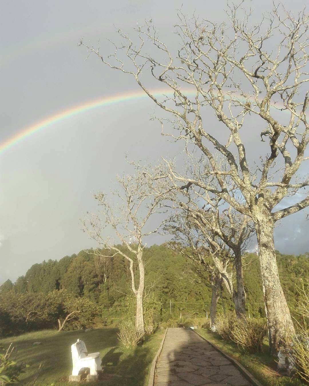 @diego_chr Atardeceres #Popayán #Cauca #Nature #rainbow Un buen inicio de las vacaciones.