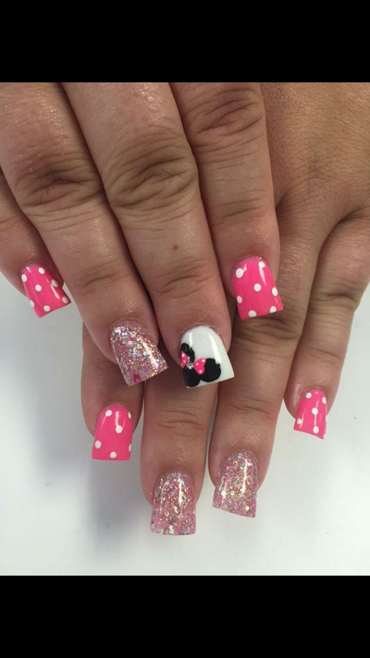 Minnie Mouse nails   uñas lelo   Pinterest   Manicuras, Uñas cortas ...