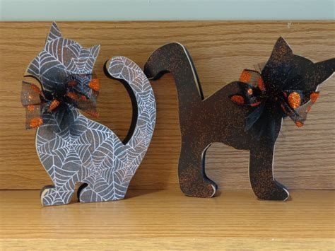 Image result for halloween decorations - black cats I Fall
