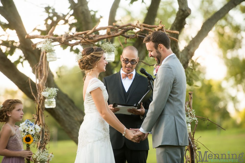 Brookside Farms wedding in Louisville, Ohio photographed by Menning Photographic