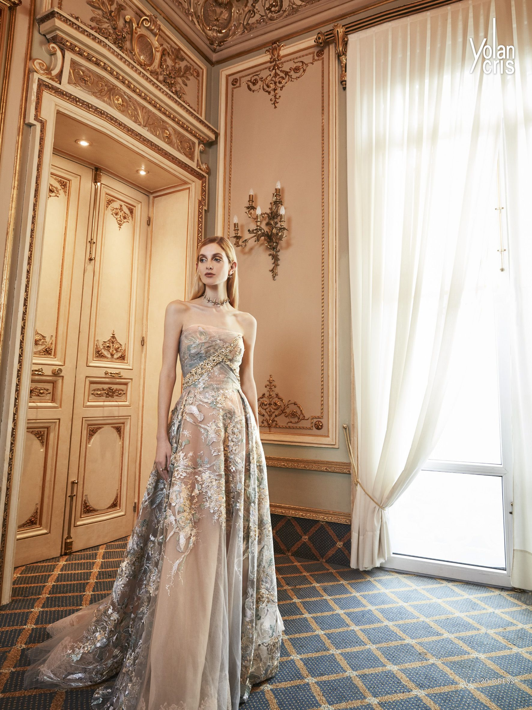 Yolancris Evening Dresses Available At Esposa Prive Stores In Dubai And Downtown Beirut Evening Dresses Couture Evening Dress Fancy Dresses