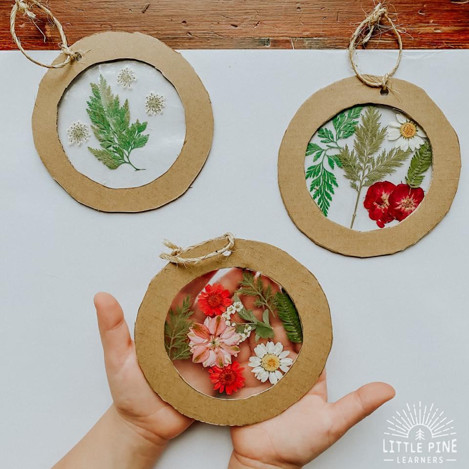20+ Beautiful Pressed Flower Crafts