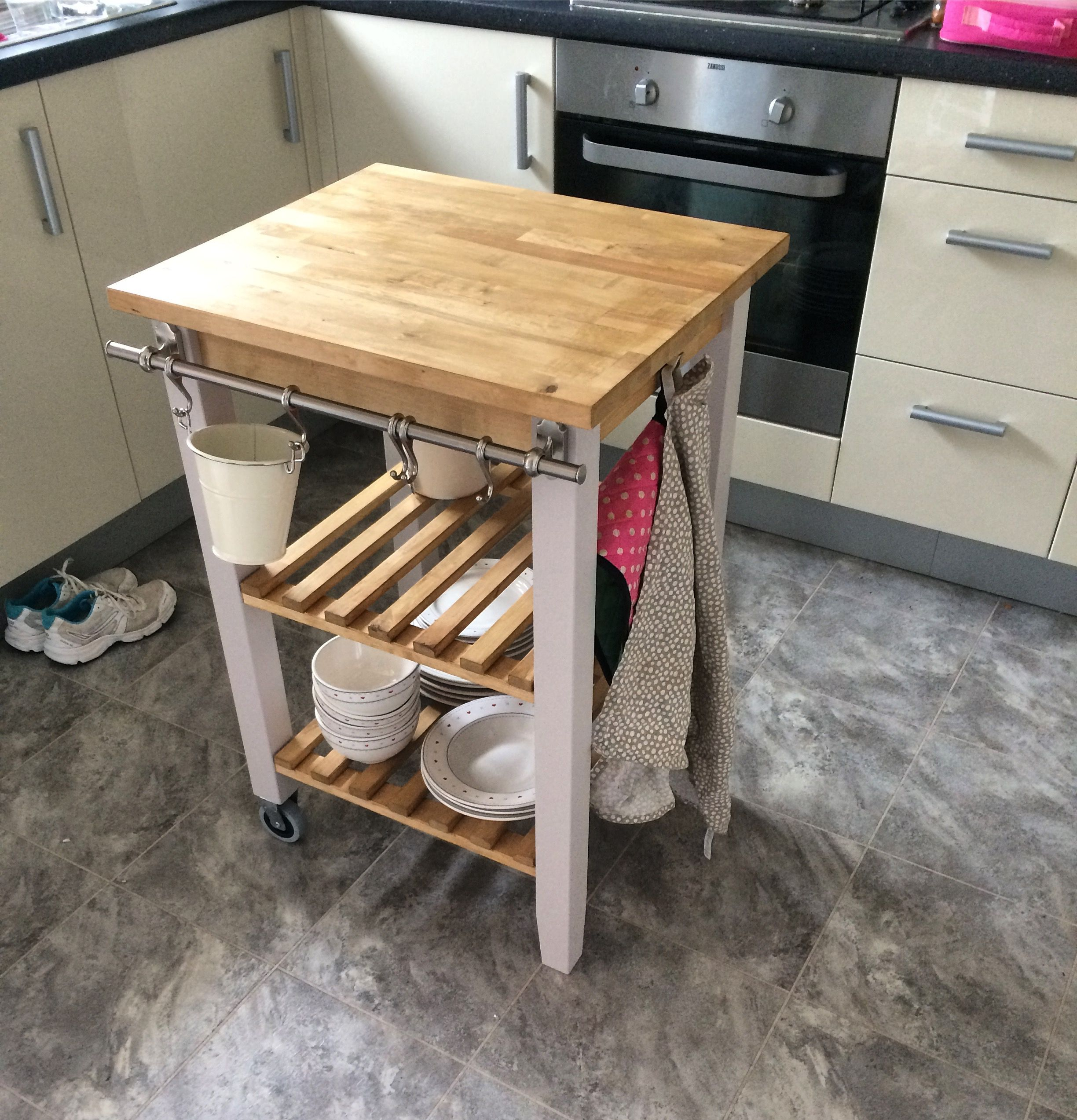 Ikea kitchen island hack bekväm painted in farrow and ball