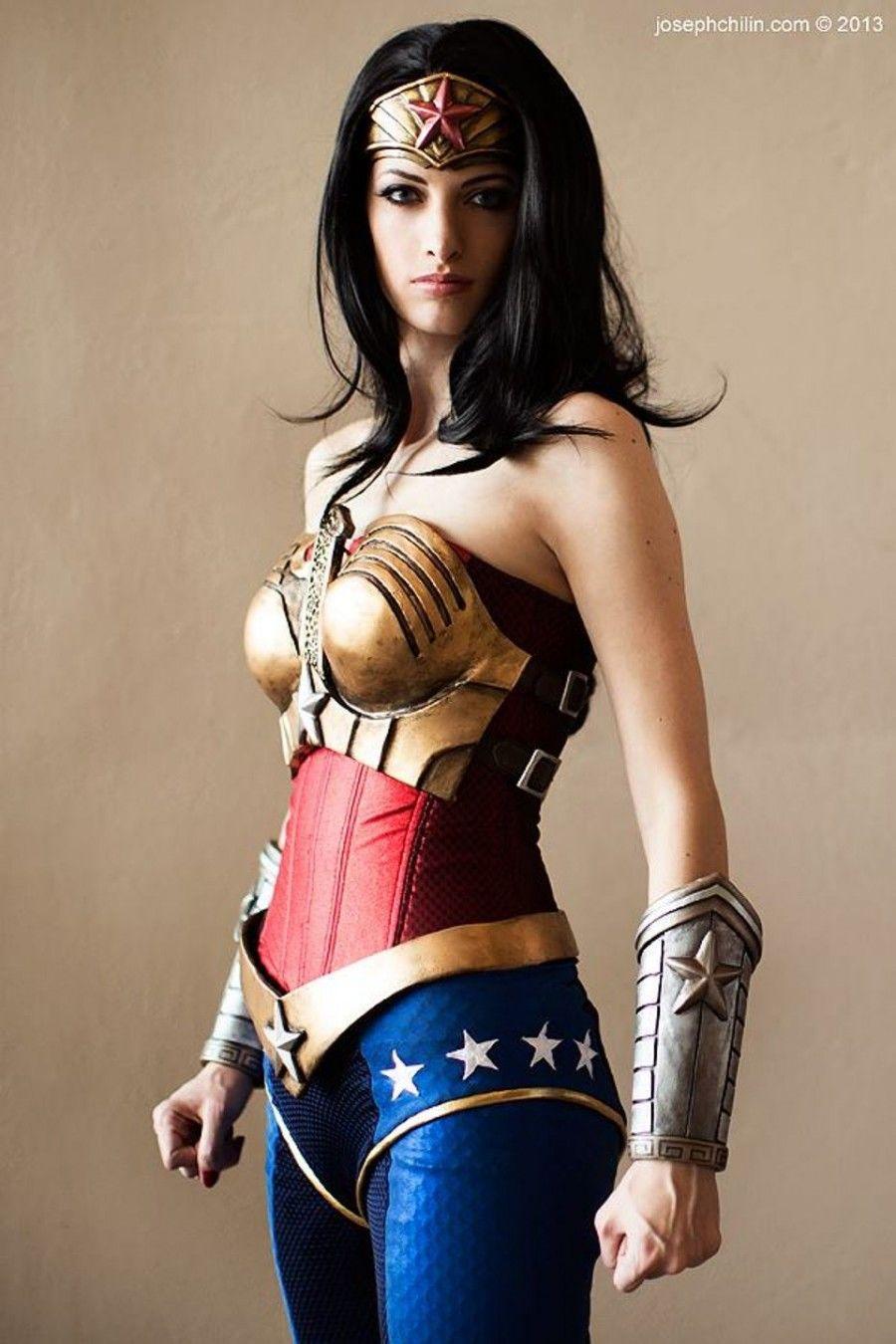Sexiest wonder woman cosplay
