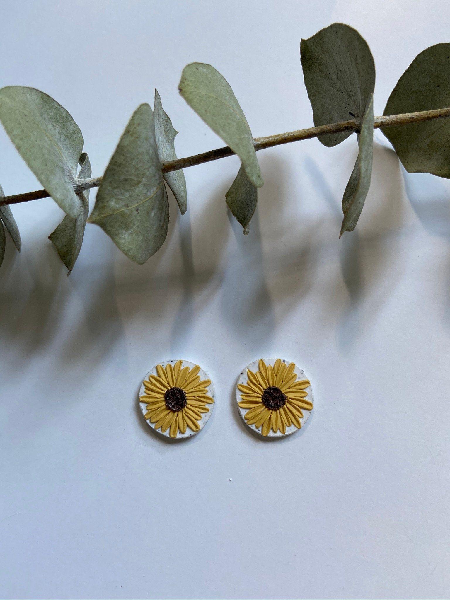 S U N F L O W E R S | modern polymer clay jewelry | drop earring | flower | statement | stud | sunflower | geometric | gift | ship ready