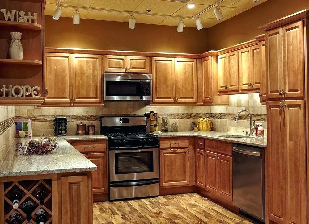 honey oak cabinets kitchen ideas tile ideas for oak ... on Kitchen Tile Backsplash Ideas With Maple Cabinets  id=24880