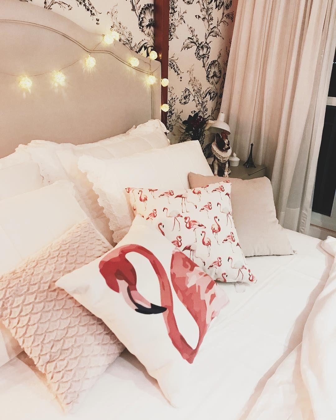 2c8b9a2117afe6 Inspiração de decoração para quarto feminino no Pinterest, com tons ...