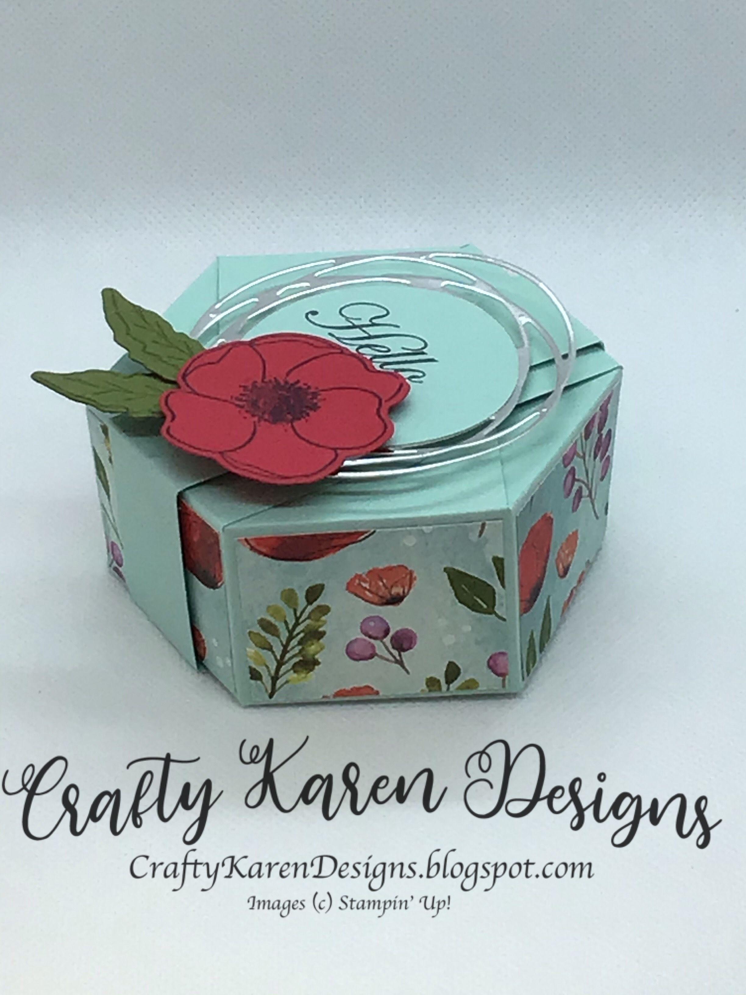Peaceful poppies hexagonal gift box