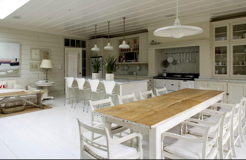 Mesa comedor madera decapada blanca restauracion muebles - Muebles cocina antiguos ...