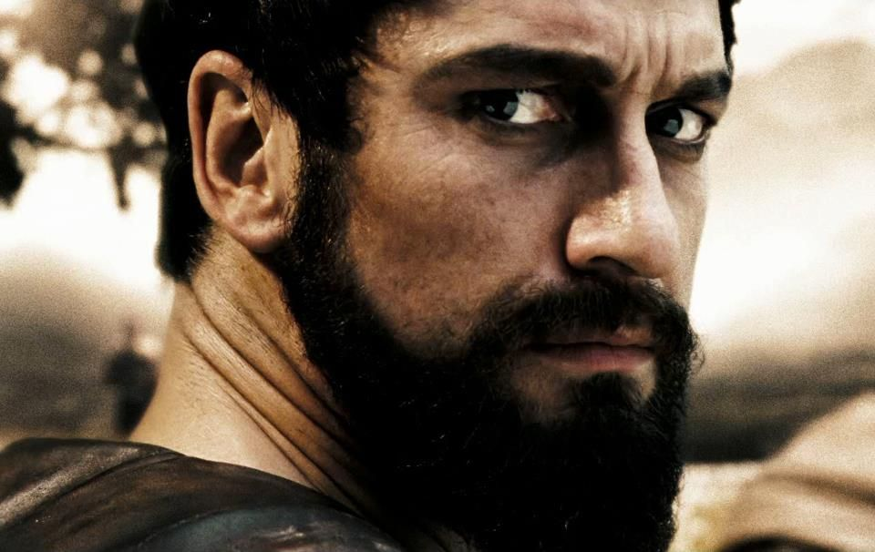Gerard Butler in 300 rockin a beard and making it look hot ...
