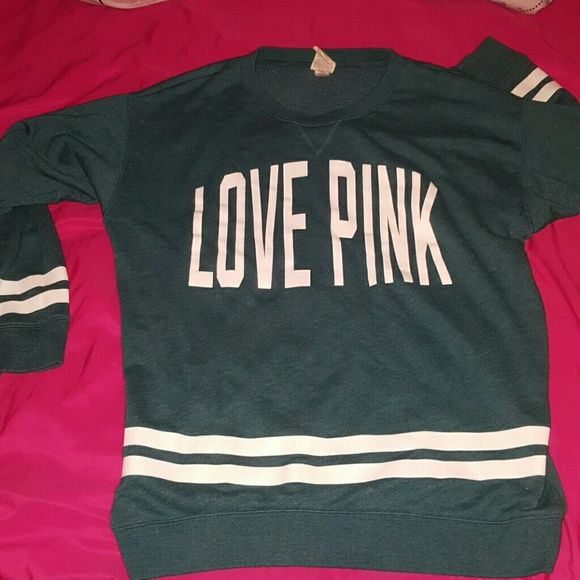 💋 LOVE PINK BOYFRIEND CREW Teal Victoria's Secret PINK Boyfriend Crew. Size small, but can fit up to a medium. Runs kinda large and super comfy. THERE ARE NO FLAWS. Like new!  ?? This just sits in my closet ?? My loss, your gain ?? Trades are accepted! PINK Victoria's Secret Tops Sweatshirts & Hoodies