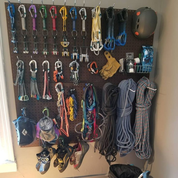 Photo of 18 Climbing Gear Storage Ideas to Use as Inspiration for Your Gear Rack