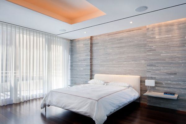 Modern penthouse makes ultimate city escape apto