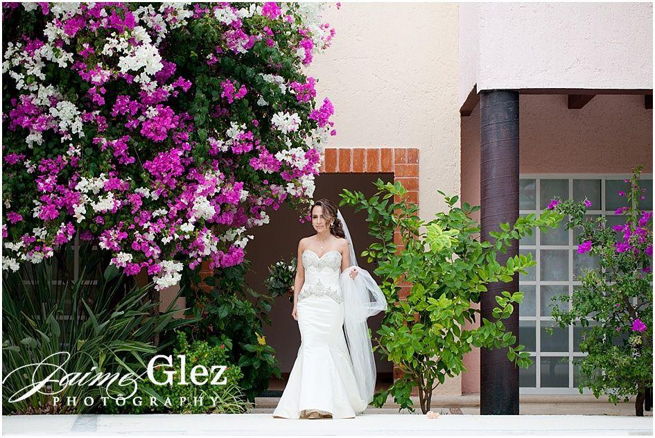 Bride | villa la joya wedding | villa la joya playa del carmen | villa la joya Mexico | villa la joya playa paraiso | riviera maya wedding photography