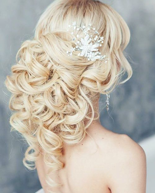 83 Unique Wedding Hairstyles For Different Necklines 2019 Be Trendsetter Romantic Wedding Hair Hair Styles Long Hair Styles