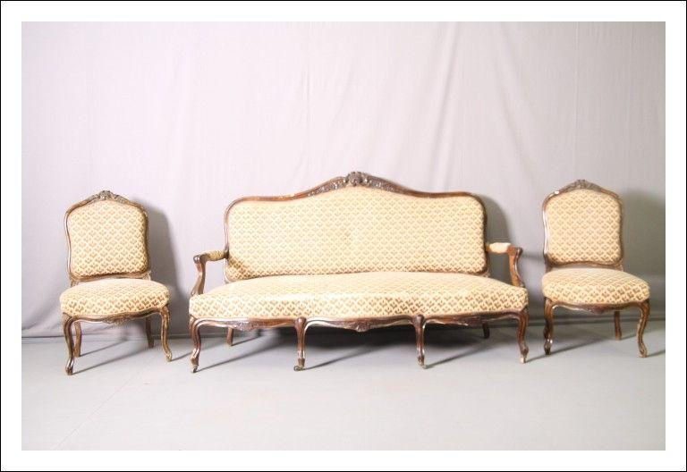 Antico salotto divano piu' due poltrone in noce