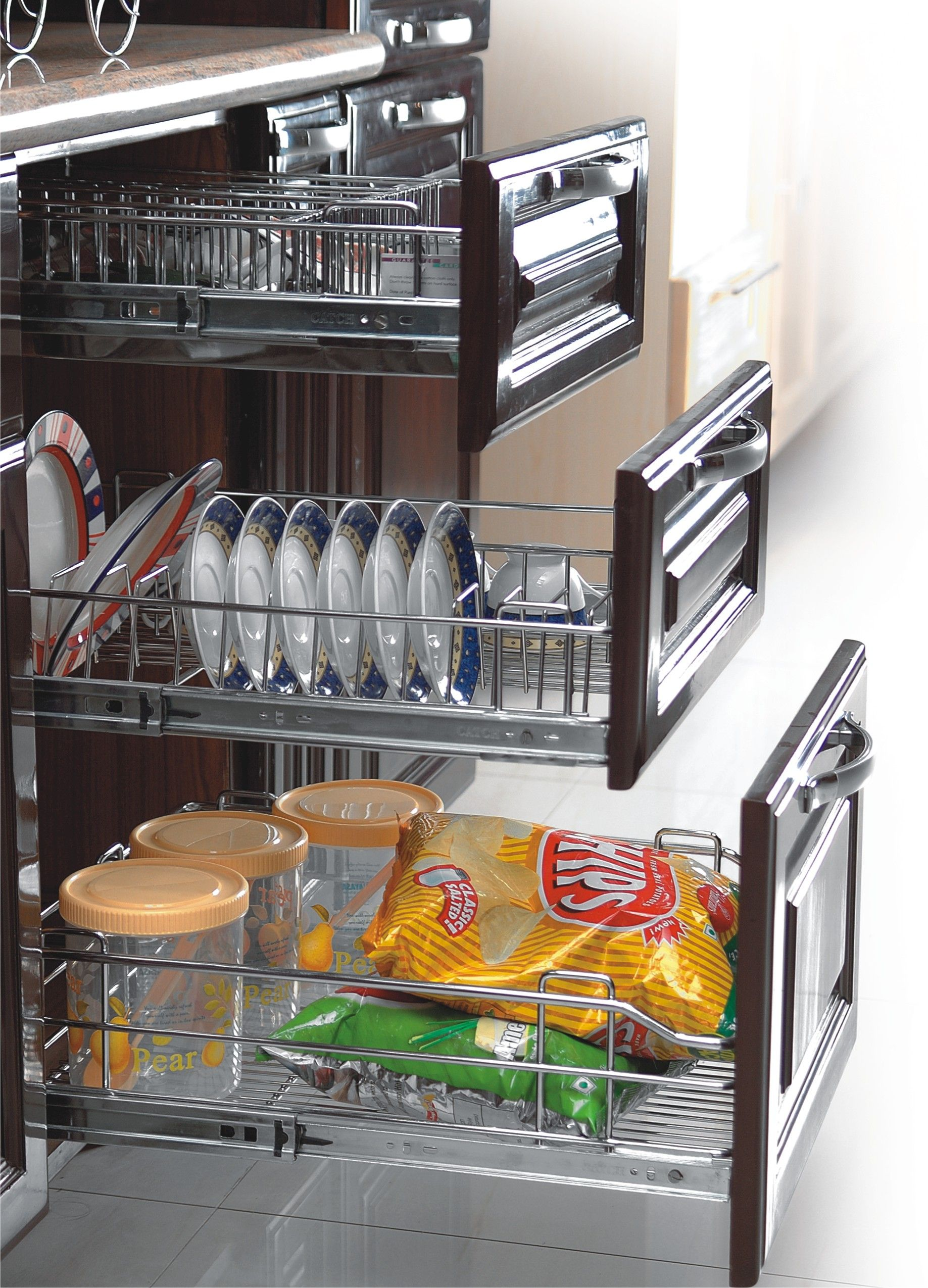 Renovate Your Kitchen With Latest Modular Kitchen Accessories In