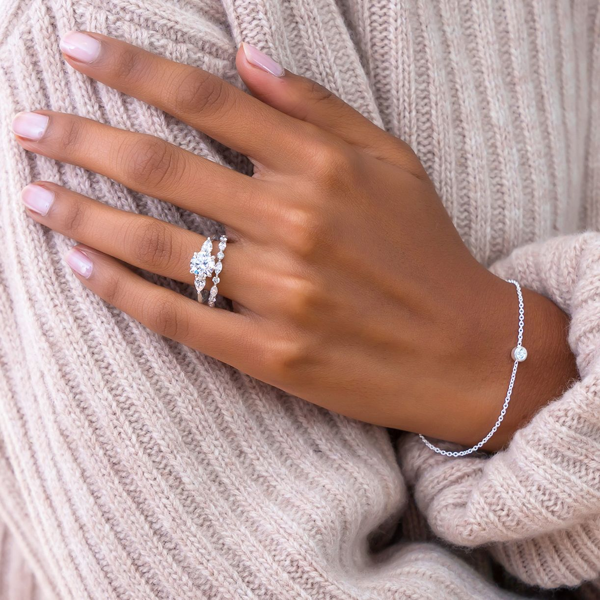 How to Wear Wedding Rings in 2020 Celebrity engagement