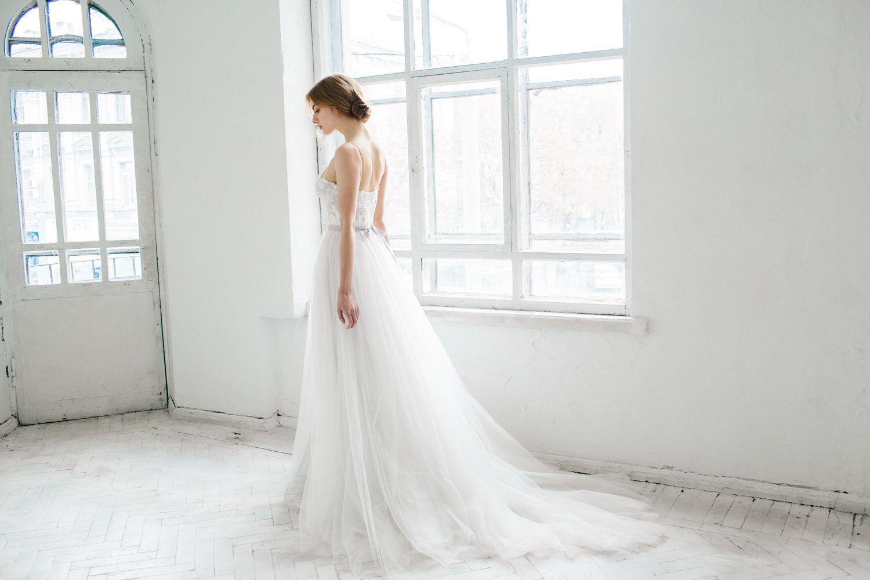 Elfenbein und grau Hochzeitskleid / / Ivy von CarouselFashion auf Etsy https://www.etsy.com/de/listing/250308234/elfenbein-und-grau-hochzeitskleid-ivy