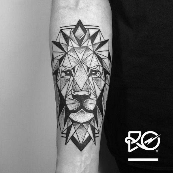Risultati immagini per tatuaggio leone