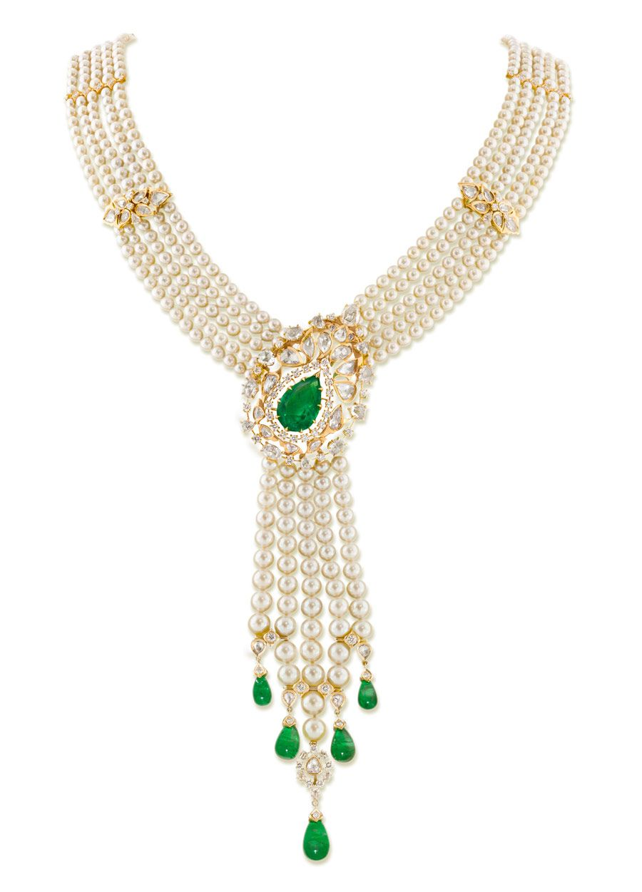 Necklace from Ganjam   Apos s Nizam Collection with emeralds, pearls and  diamonds set in yellow gold. cf3ae7220ba