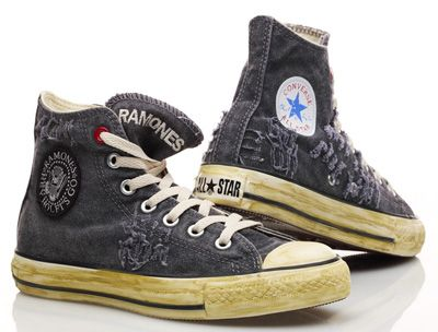 7ece1d53b2181e converse punk - Google Search