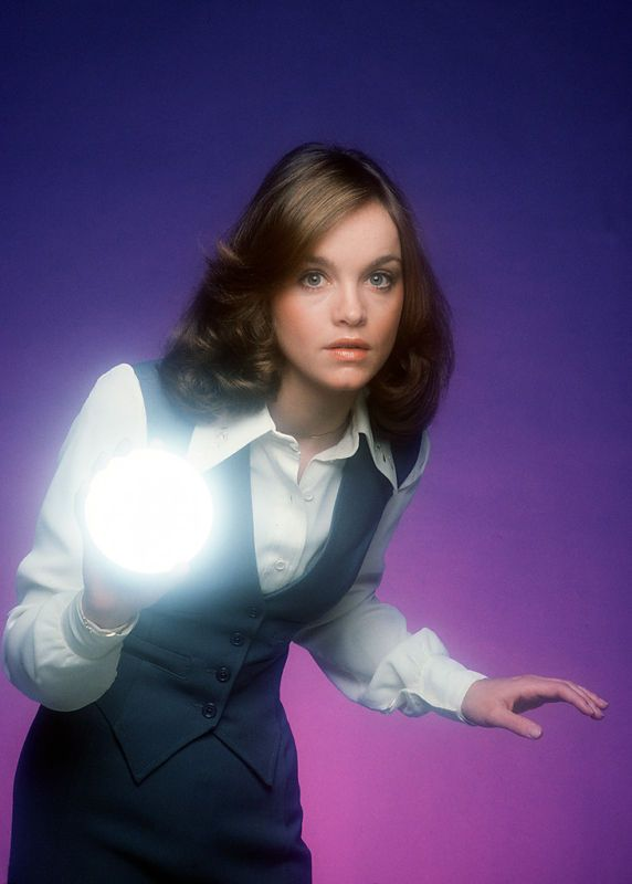 Pamela Sue Martin as Nancy Drew in The Hardy Boys/Nancy ...