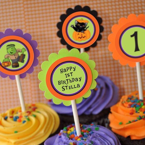 Adorable Halloween birthday party cupcake toppers! Halloween Ideas - cake decorations for halloween