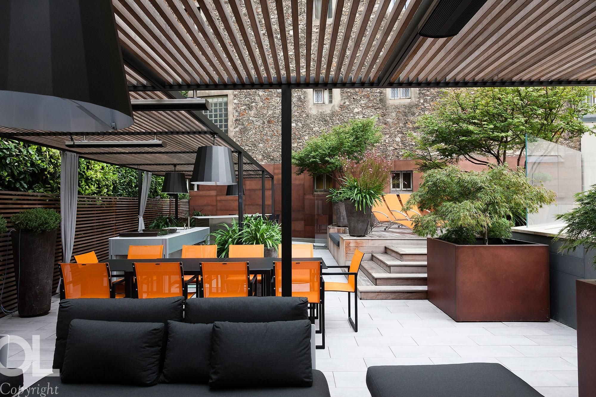 Prive Villa Maison Particuliere Hotel Particulier Charles Dickens Helene Et Olivier Lempere Architecture Exterior Outdoor Furniture Sets Outdoor Spaces