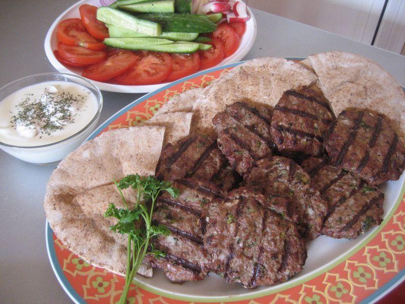 Juicy afghan burgers chapli kebab afghan culture for Afghan kabob cuisine