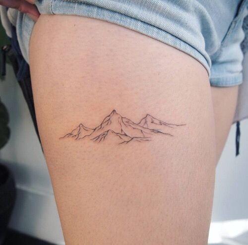 Photo of Wunderschöne Bergschenkel Tattoos für Mädchen