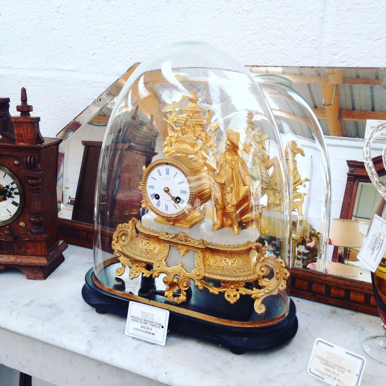 Célèbre Pendule ancienne sous globe en bronze doré signée Thais Deprez 200  LS62