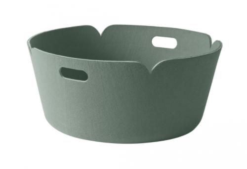 Restore oppbevaringskurv er designet av Mika Toivanen for Muuto.Den ikoniske kurven kommer nå i en ny størrelse, H 23 cm med en diamater på 51 cm. Den runde kurven er ideell for lagring aviser, ved, leker, tepper og puter.Kurvene er i hovedsak laget av fibre utvunnet fra resirkulerte plastflasker .