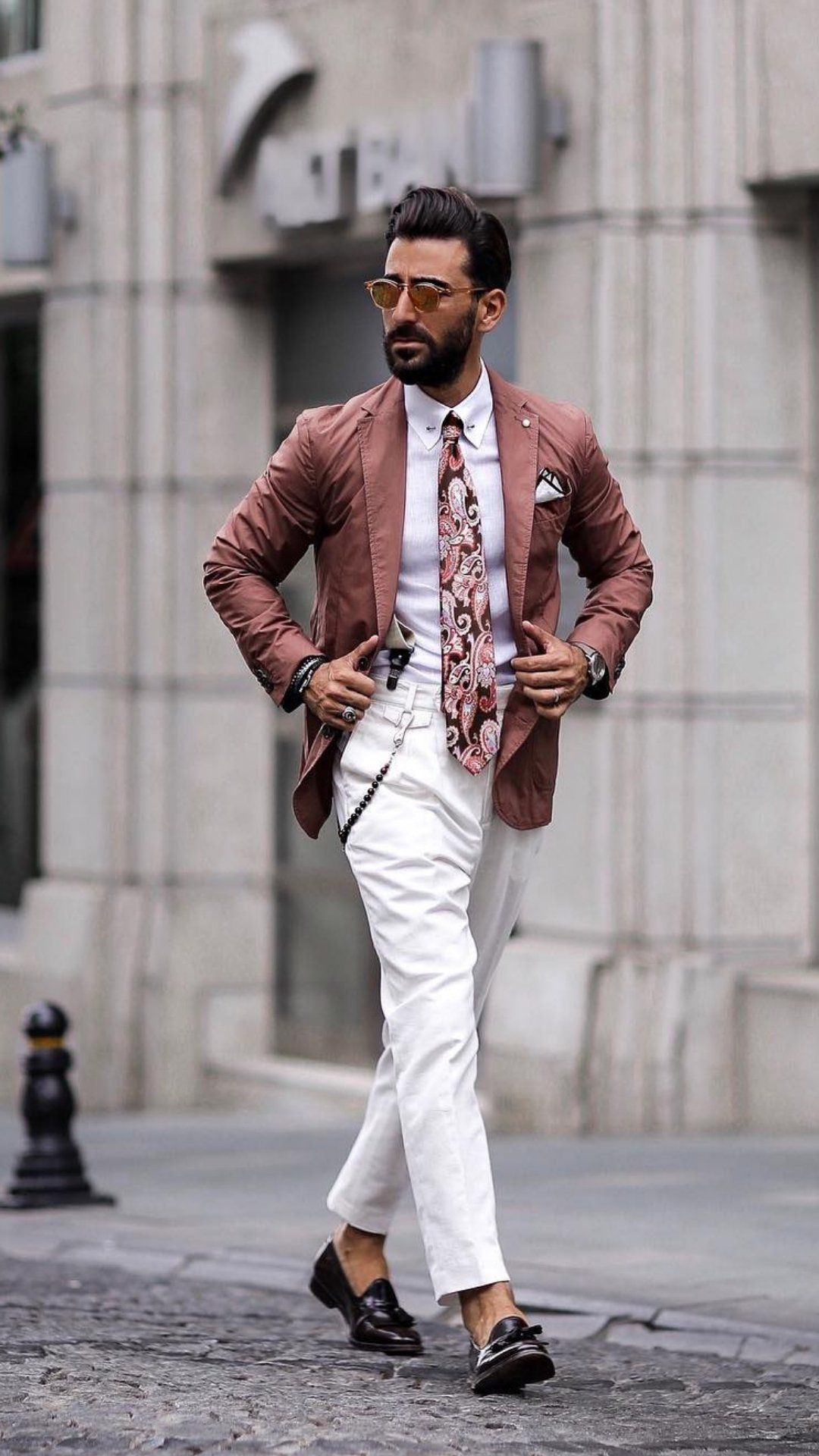 a32fd344678 5 Unconventional Blazer Colours That Breaks All The Rules Of Fashion But  Will Make You Look Insanely Cool