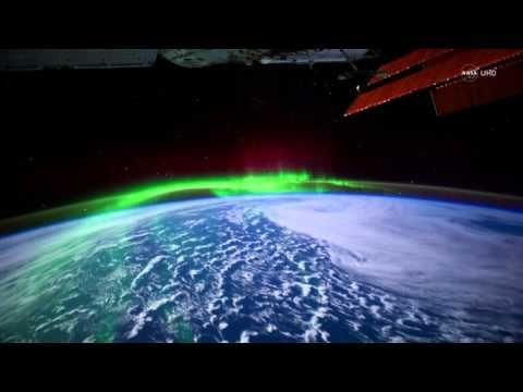 NASA UHD Video: Stunning Aurora Borealis from Space in Ultra-High Defini... Polarlichter auf der Erde vom Weltraum aus gesehen..