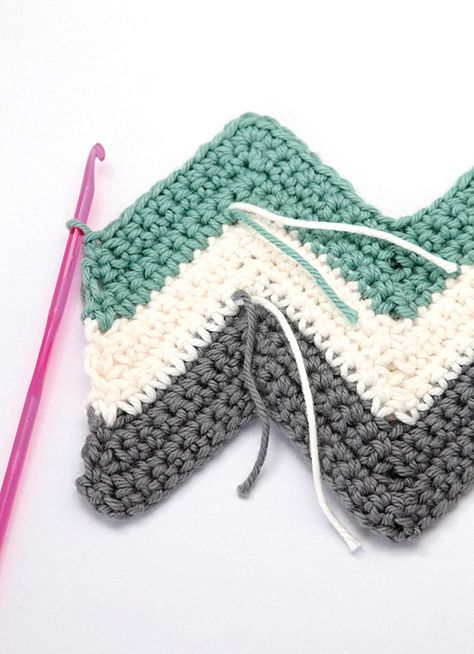 Chevron crochet cushion pattern step 9 | Mollie Makes | patura ...