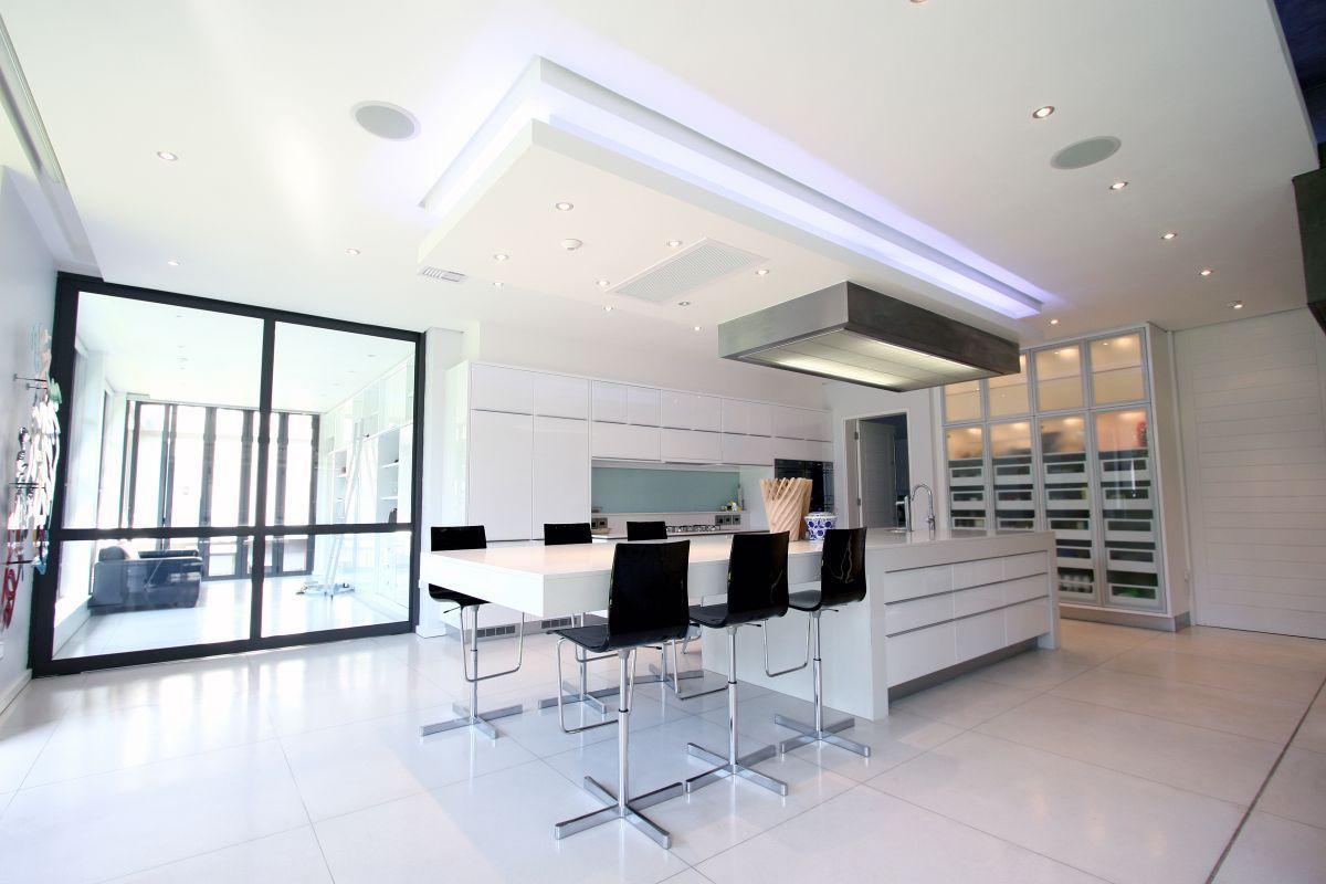 Modern Residence in Johannesburg, Africa