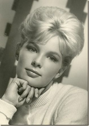 """Linda Evans as Audra Barkley in """"The Big Valley"""" She is so ..."""