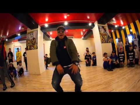 Dee & RIEHATA | @chrisbrown | Loyal Remix - YouTube