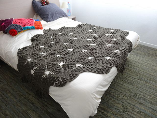 20 More Fantastic Crochet Blanket Patterns | Colchas y Tejido
