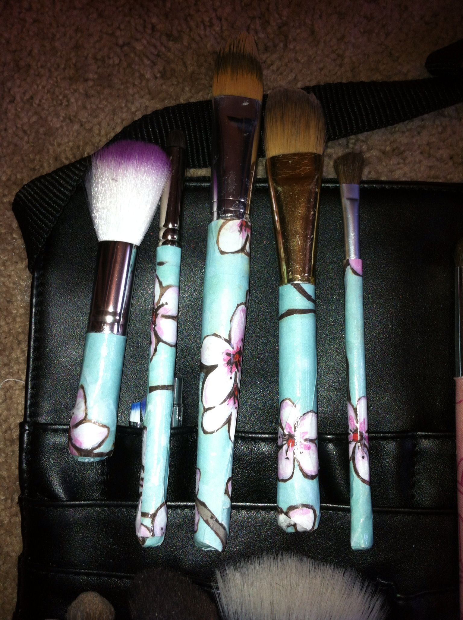 Diy Mod Podge Makeup Brush Handles I Used Paper For