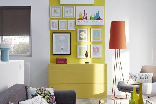 Des couleurs chaudes sur les murs du salon - couleur chaude pour une chambre