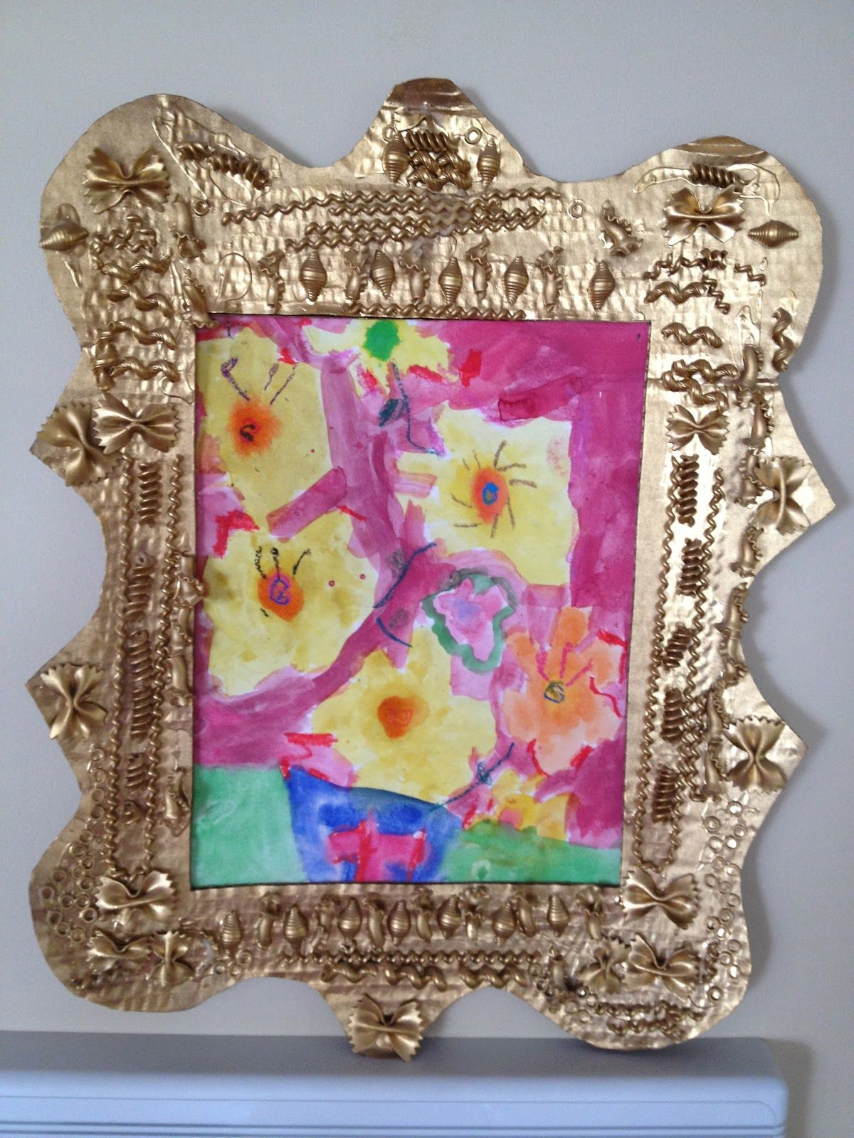 Handmade Mothers Day Gifts or DIY Earth Day Craft DIY Noodle Frame