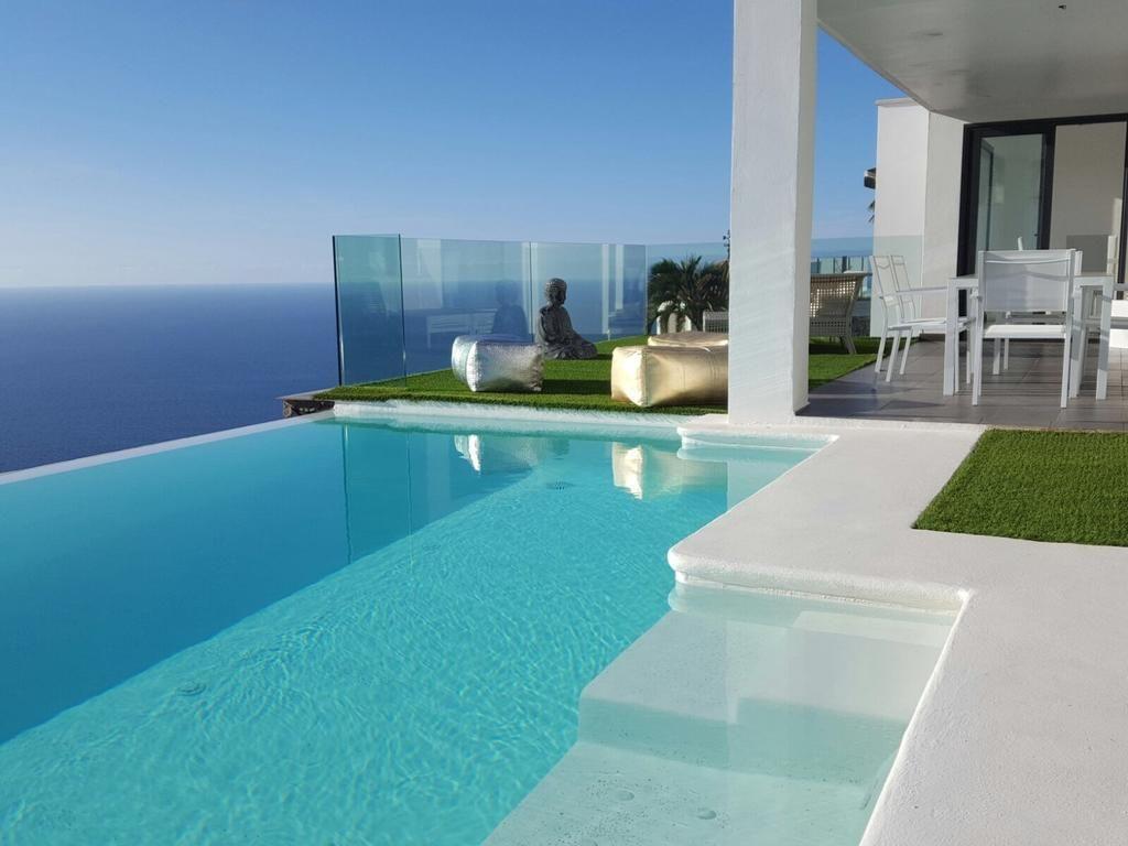 de playa de diseño minimalista y moderno Casas frente al