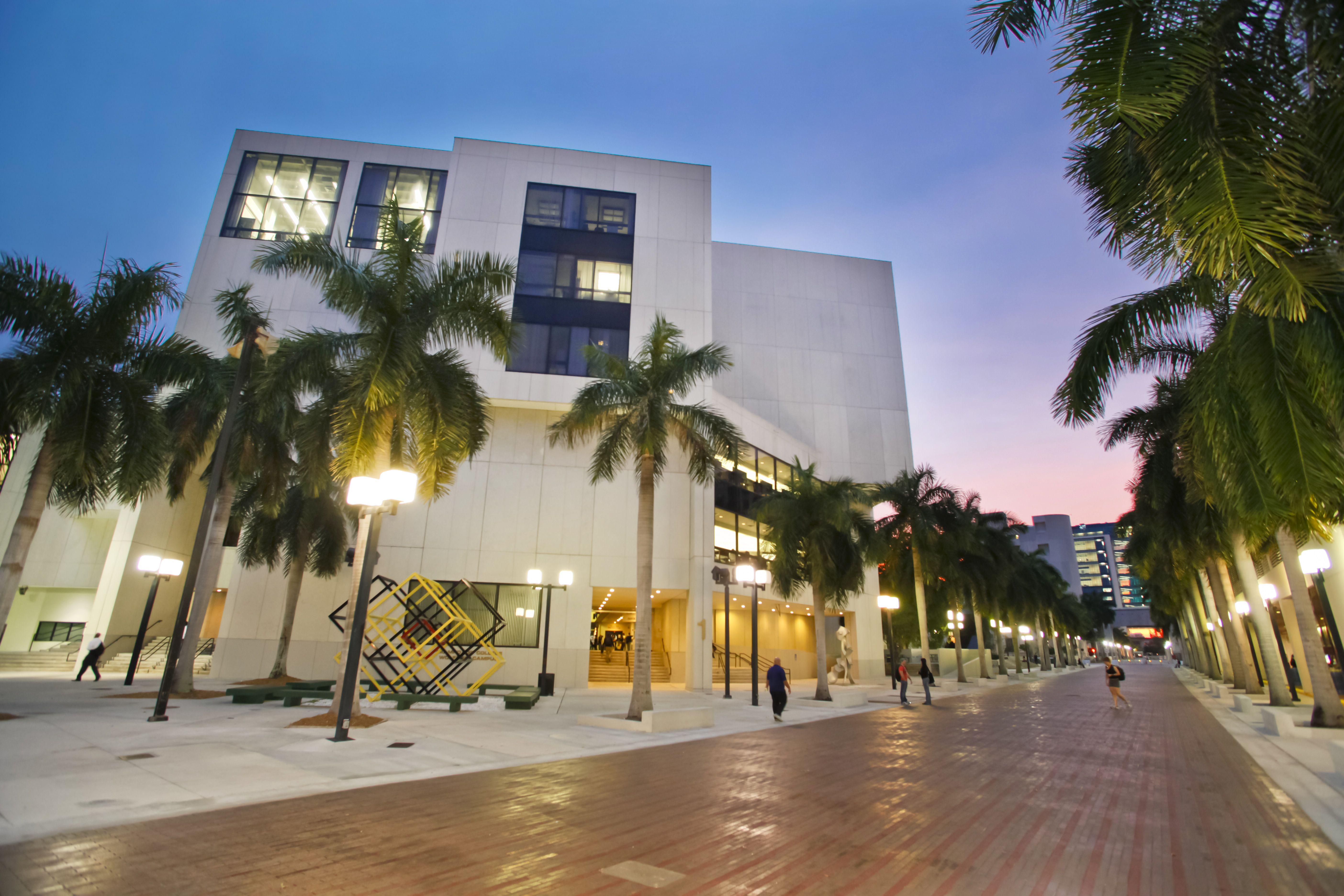 Miami Dade College Wolfson Campus Miami Dade College College Campus Career Pathways