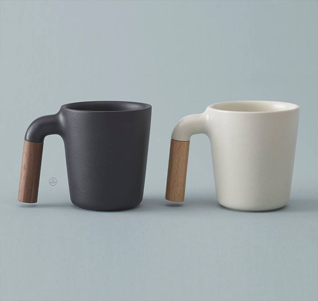 Ceramic coffee mug with r shaped wooden handle coffee for Coffee mugs unique design